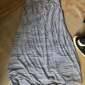 Dresses & Skirts - Maxi skirt in blue and white